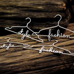 24632 Vintage Boutique – Hangers with words
