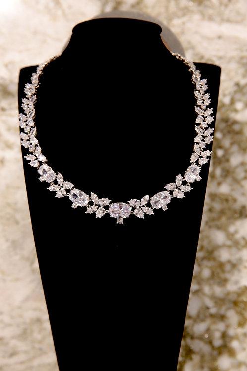 The Diamond SnowFlake Necklace Set