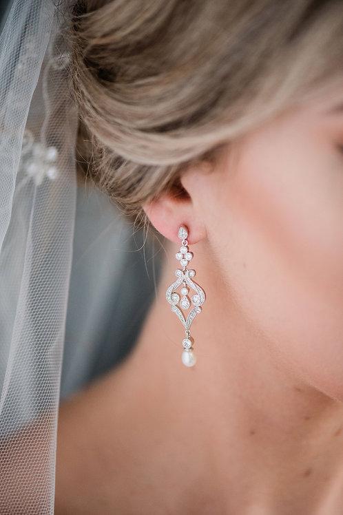Gemini pearl Earring