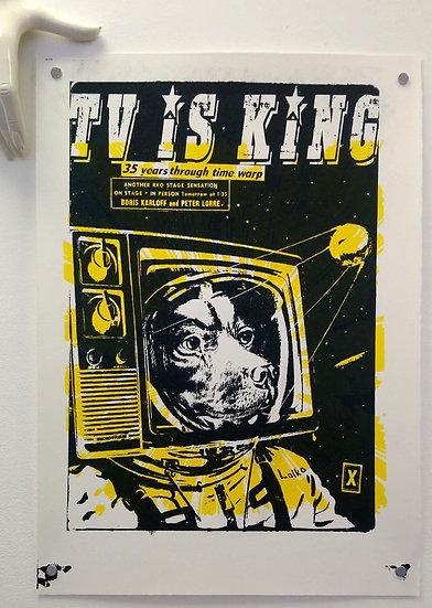TV is King - Black
