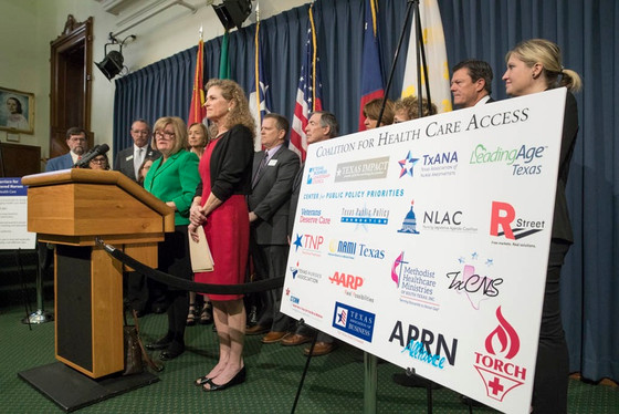 Texas Tribune Says APRN Bill has Broad Support