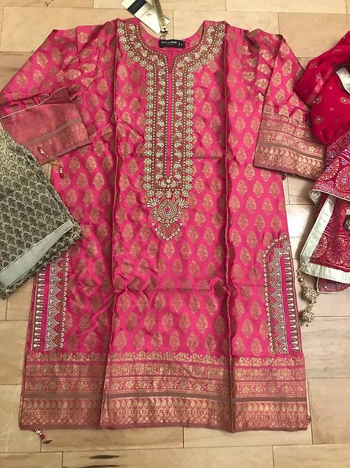 Exclusive silk Kameez