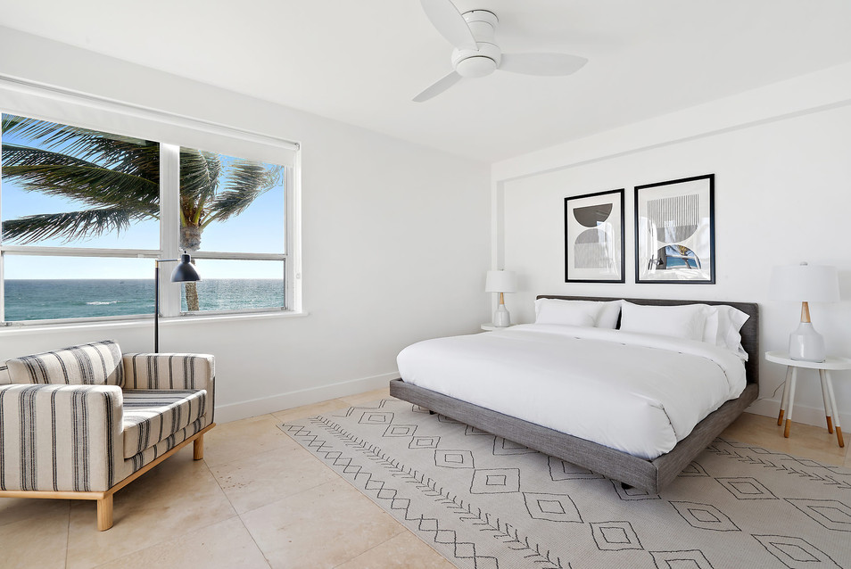 The Ambassador, Palm Beach - Bedroom with Ocean View