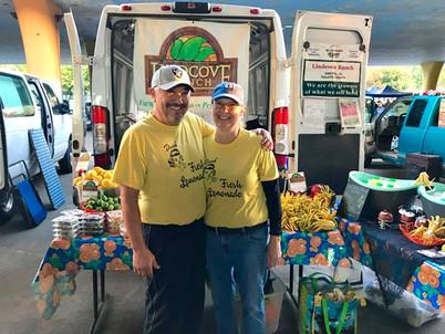 Efrain and Diana, Sacramento Area Farmer's Markets