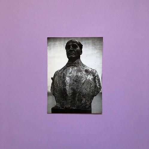 Persfoto van buste Couperus