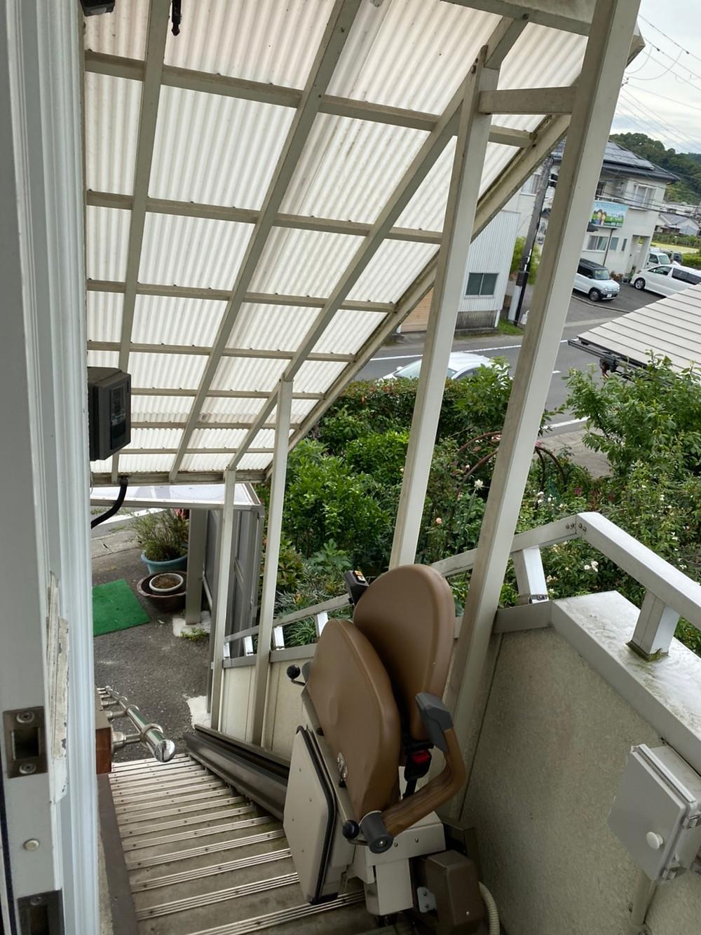 ソファー運搬、階段、貴志川町