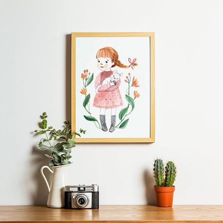 wall art girl.jpg
