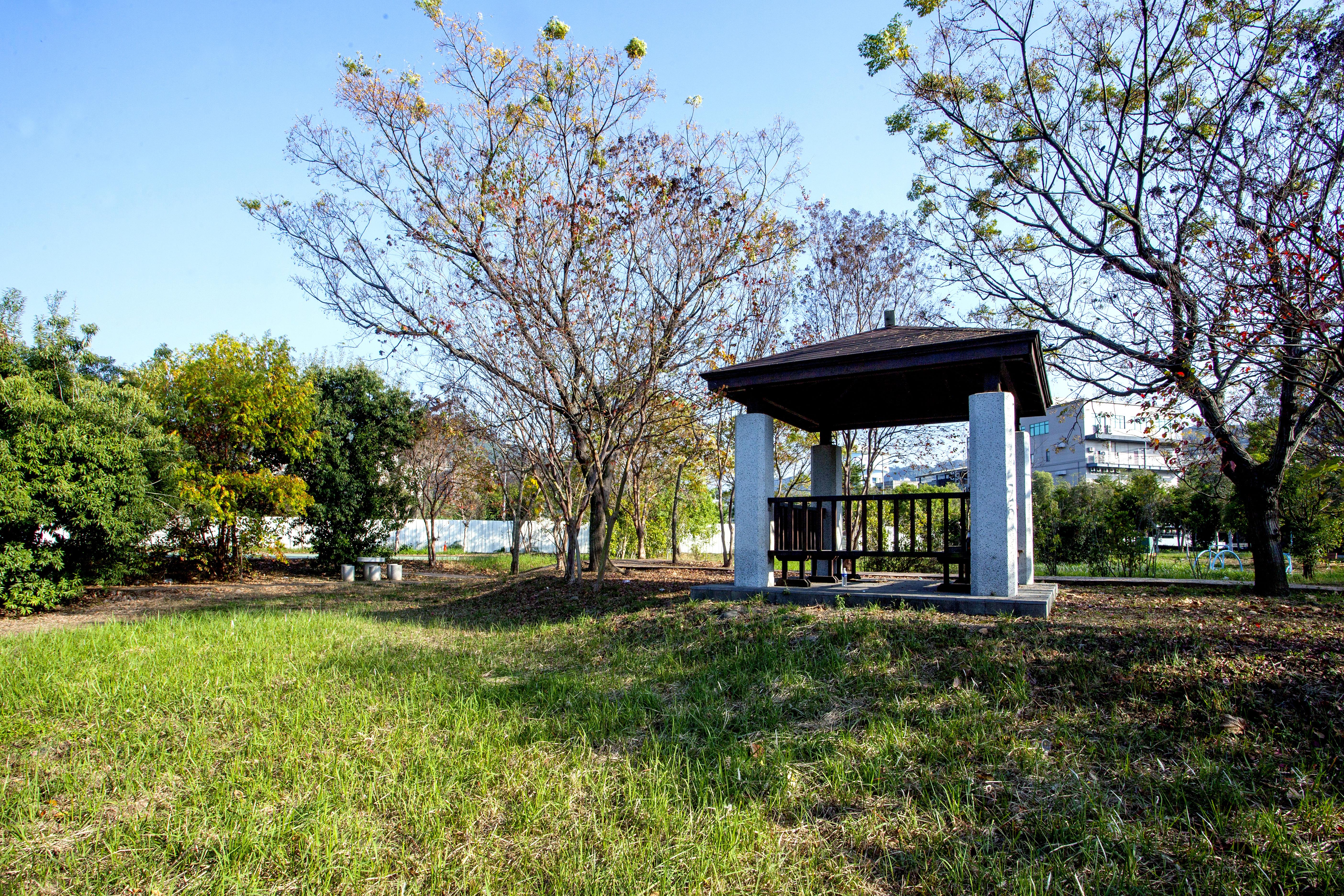 環境010基地旁公園.jpg