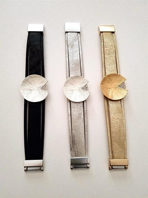 Disc Faux Leather Magnetic Bracelets