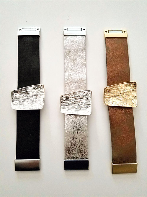 FAUX LEATHER MAGNETIC BRACELETS