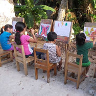 Students attending art class in Proyecto Itzaes in the Yucatan