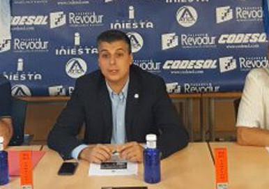 Alberto Prieto, seis años más en la presidencia