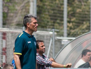 Andrés González, a per la novena