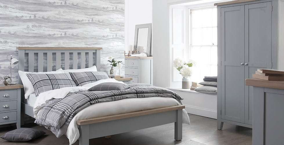 Country Bedroom Furniture shown in Ferndown Grey