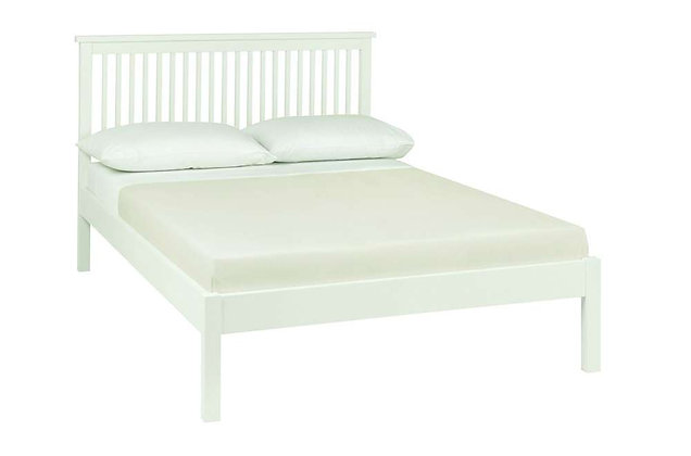 Atlanta White 135cm Double Low Foot End Bedstead