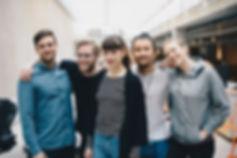 Ritratto di gruppo di amici