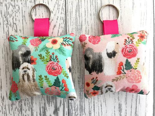 Tibetan Terrier Dog Floral Print Keyring