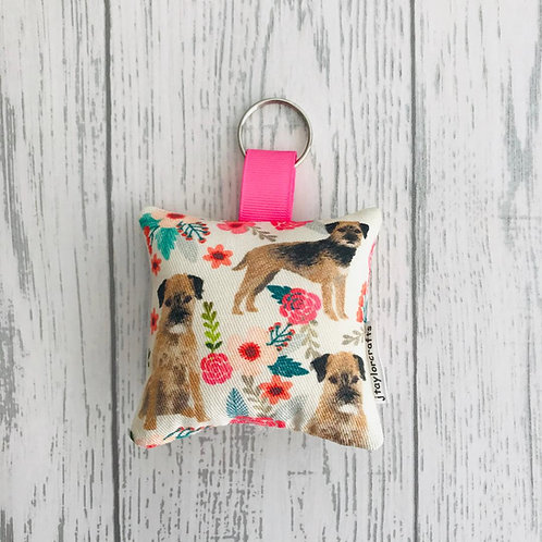 Border Terrier Floral Keyring
