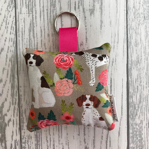 Tan Floral Pointer Print Keyring