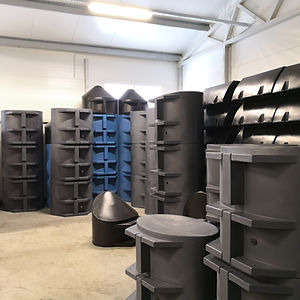Polyethylene pontoon floats with closed cell EPS foam core mady by Rotoplius.