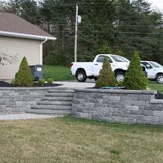 retaining wall contractors brunwsick ny.