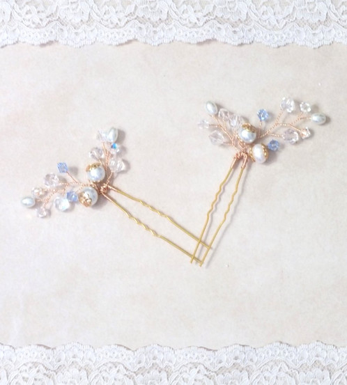 These Lovely Bridal Hair Pins Come In A Set Of Two 2 The Delicate Wedding Will Complement Any Bride S Or Bridesmaids Hairstyle