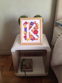 Monograma letra K enmarcado