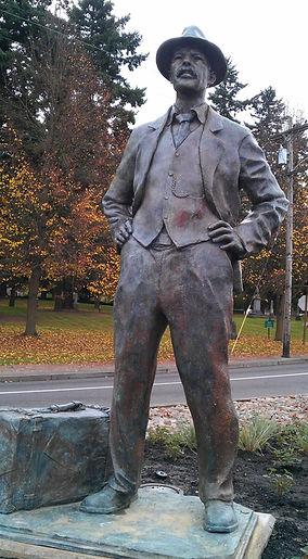 Portland+Immigrant+Statue.jpg