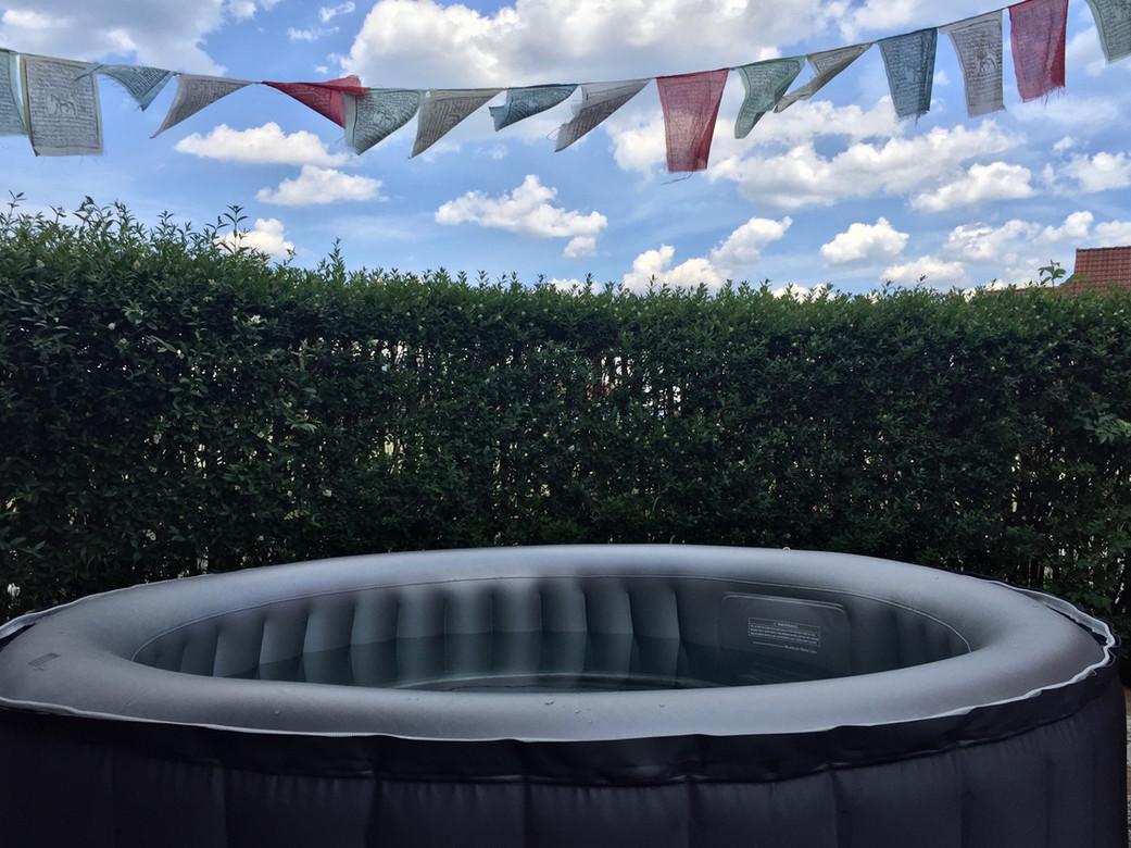 Pool II.jpg