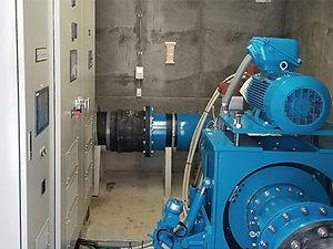 発電機室内部