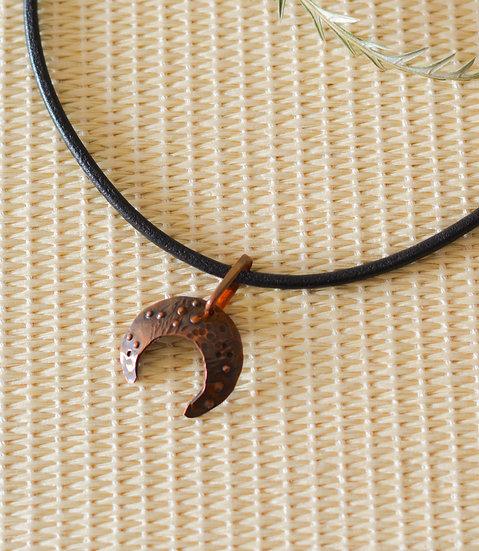 Antique Copper Horn Necklace
