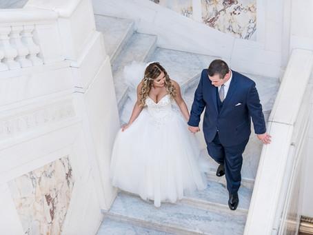 Luxury Summer Wedding at Tabrizi's | Baltimore Wedding Photographer | Laura & Zach