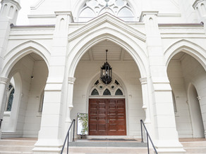 Joyful Fall New Orleans Wedding at Christ Church Cathedral | Hilah & Rud | NOLA Wedding Photographer
