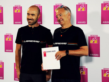 EUROBIKE AWARD FOR OVERVOLT CARBON !