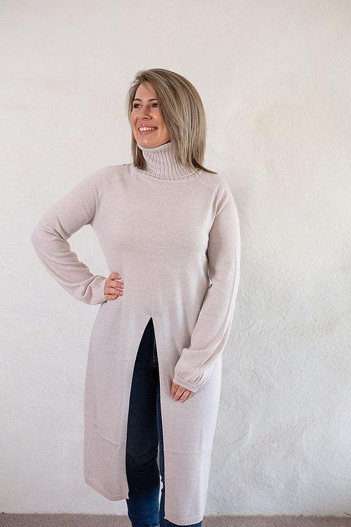 Glenora Capelet-Oatmeal
