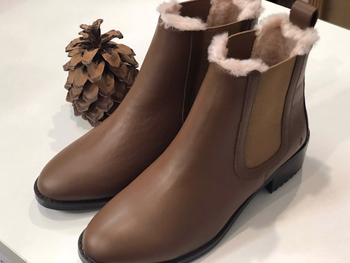 Ellin Tan Leather Boots