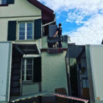 Umzug über den Balkon.jpg