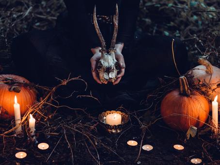 Brief history of Samhain.