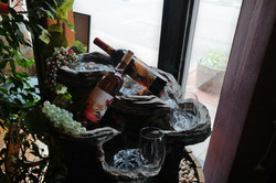 fountain-with-wines