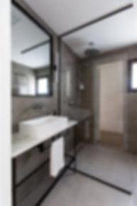 חדר אמבטיה מאסטר