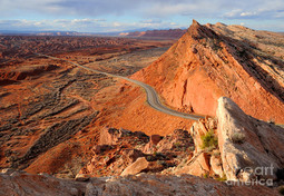 comb-ridge-at-sunset-bluff-utah-gary-whi