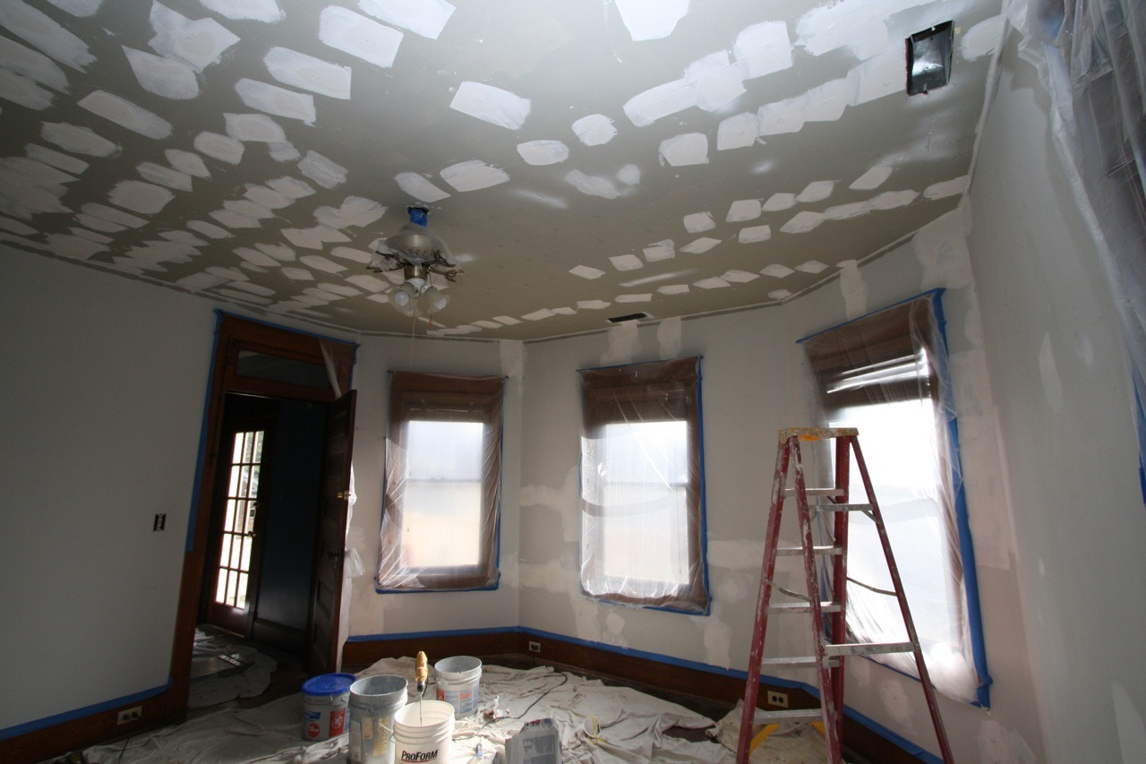 Plaster repair, ceilings and walls, Wins