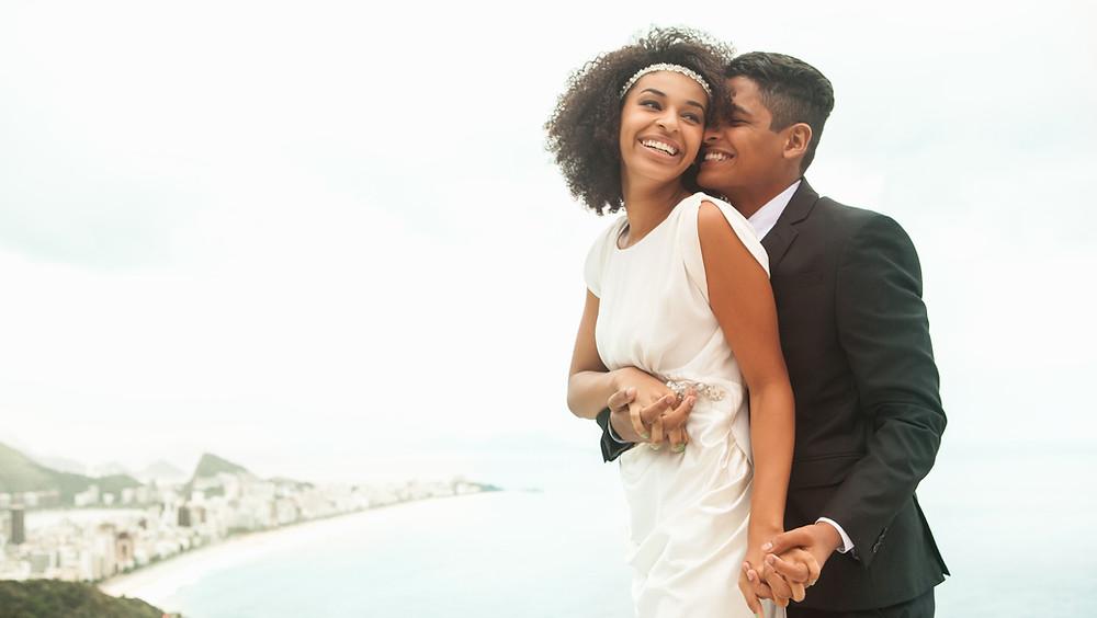 Elopement couple