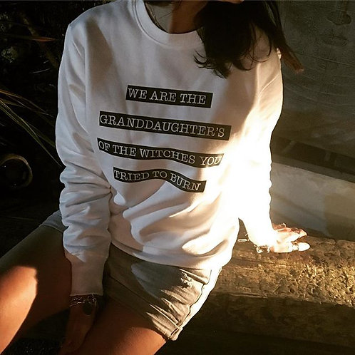 Zoti We Are The Granddaughters Organic Sweat In White