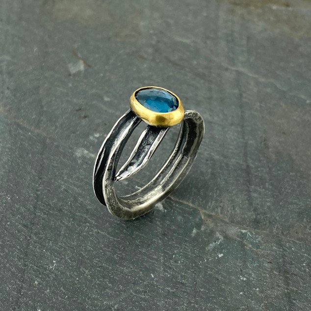 Blue Topaz Okra Gold Ring, Size 7.5