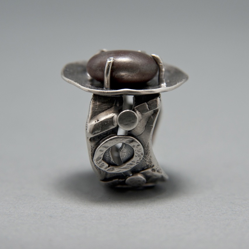 Maroon Rock Ring