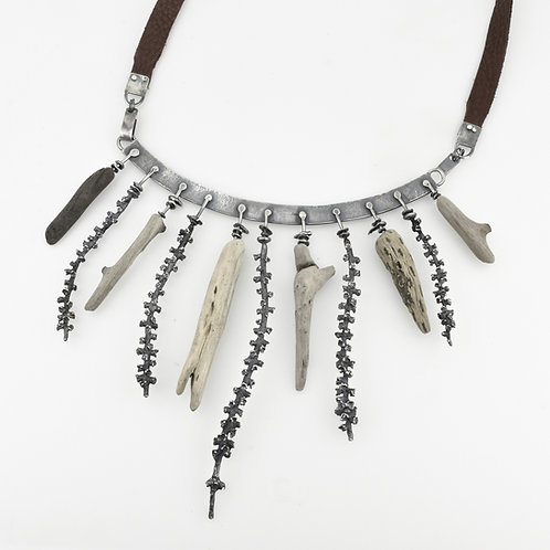 Descent/Dissent Collar