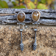 Yellow Sapphire and Sumac Earrings