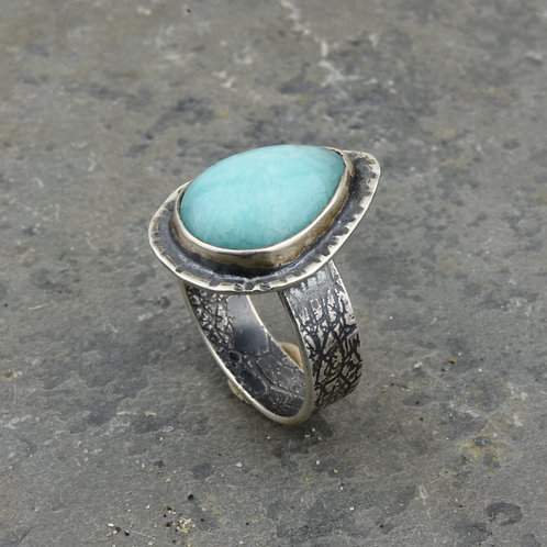 Larimar Ring with Leaf Band