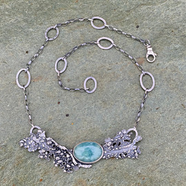 Fan coral and aquamarine neckalce